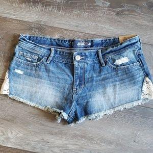 Hollister blue jean shorts lace 13/31